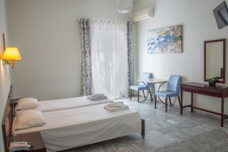 quadruple-room-pension-stella-andros-08
