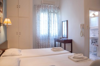 triple-room-pension-stella-andros-11